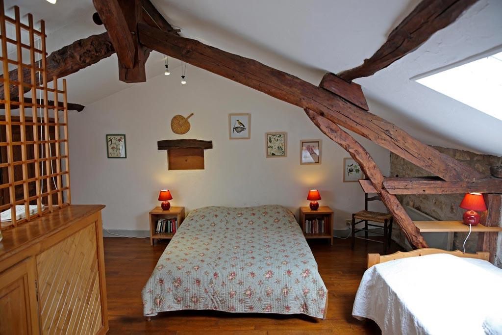 Les Mesanges Chambre en mezzanine un lit en 140 et un en 90